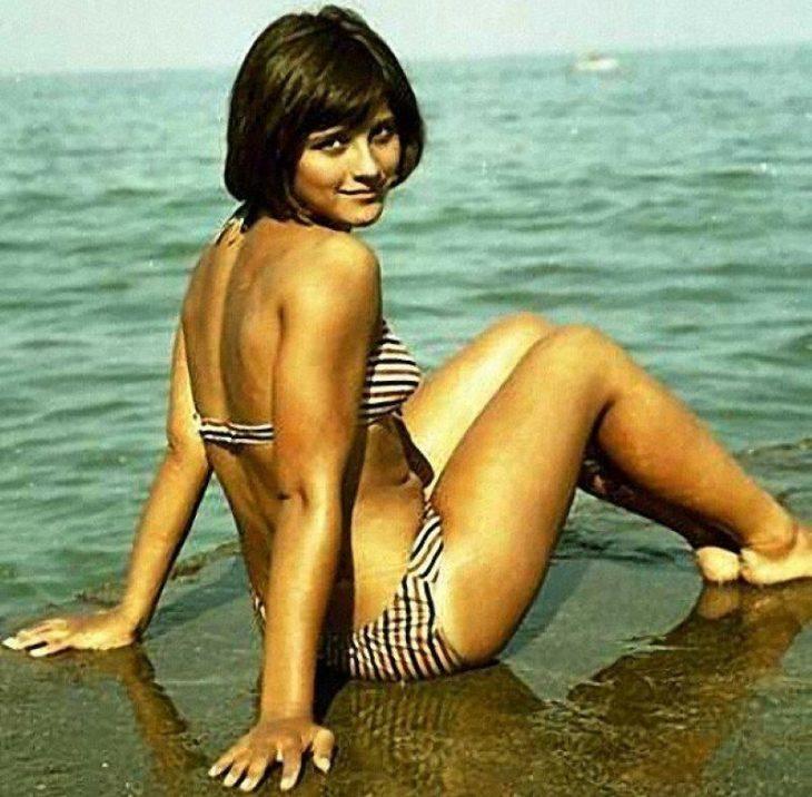 sovetskiye aktrisy znamenitosti na plyazhe Natal'ya Varley