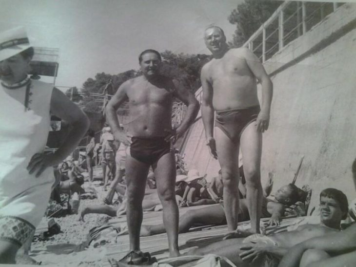 sovetskiye aktrisy znamenitosti na plyazhe Yuriy Volyntsev i Konstantin Raykin