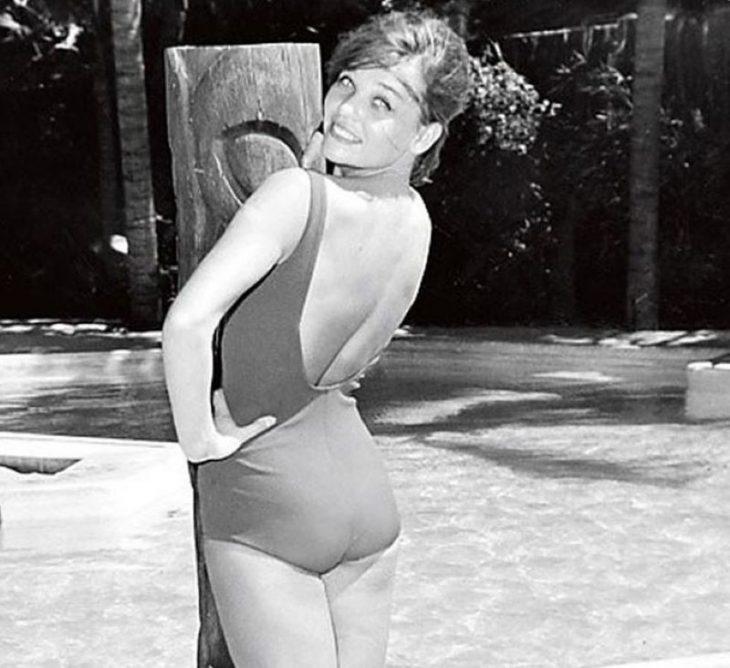 sovetskiye aktrisy znamenitosti na plyazhe Svetlana Svetlichnaya