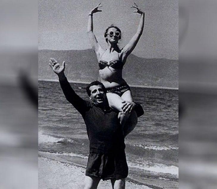 sovetskiye aktrisy znamenitosti na plyazhe Mayya Plisetskaya Arno Babadzhanyan